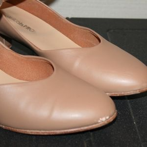 Theatricals Pro Shoes - THEATRICALS PRO sz 7 Woman's Charatcter Shoes